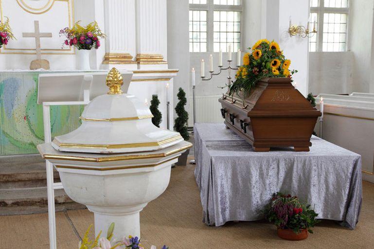 Trauerfeier Und Bestattung Ev Luth Kirchgemeinde Wurzen